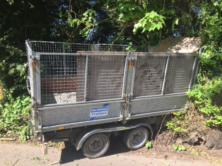stolen trailer in Luxted Road